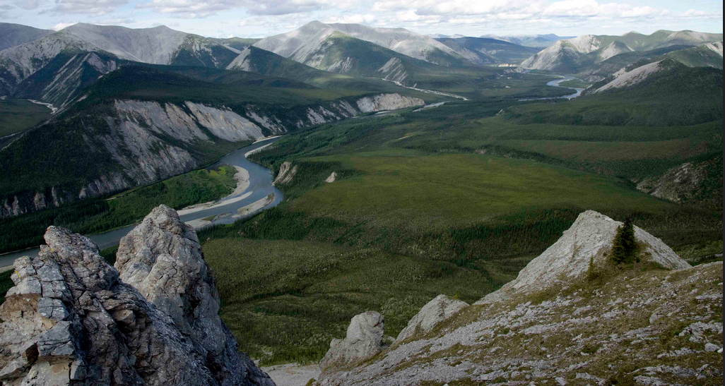 Figure 10.1 The Hart River, Yukon. Image: © www.protectpeel.ca, CC BY-NC