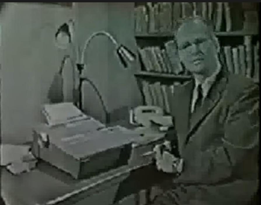 図2.3.3 B.F.スキナーがティーチング・マシンを実演するYouTube動画(1954年) 動画を見るには画像をクリック